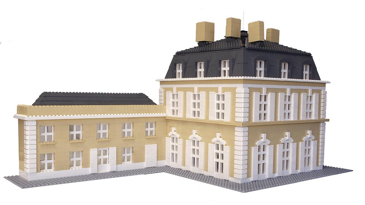 Chateau 9898