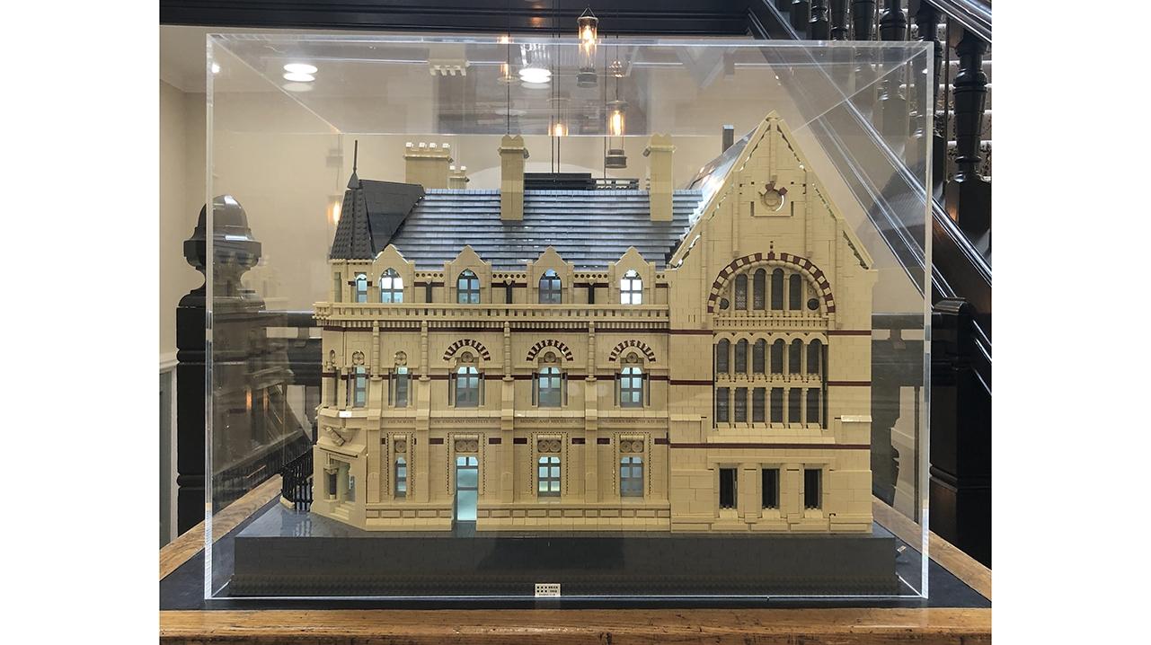 Common Room Lego 6937